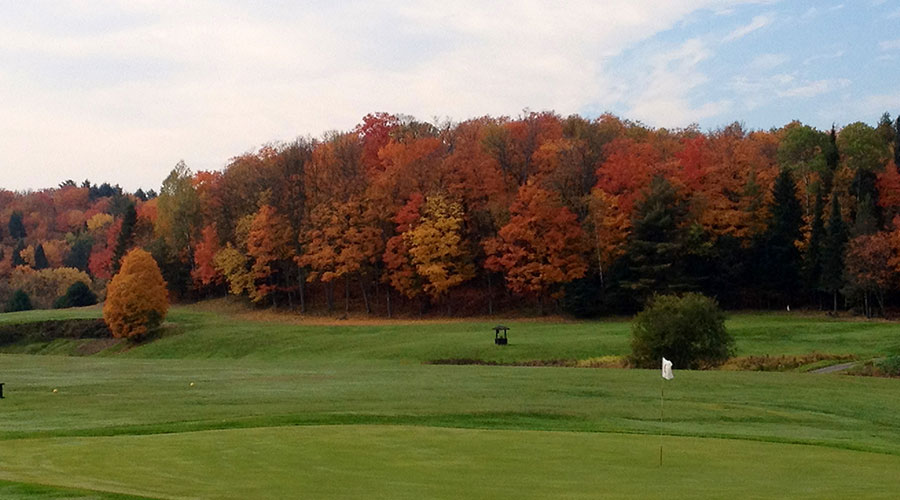 Beautiful Fall Colours at Bracebridge Golf Club